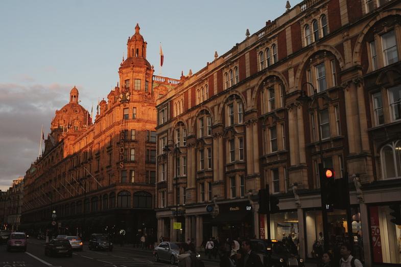 London 449