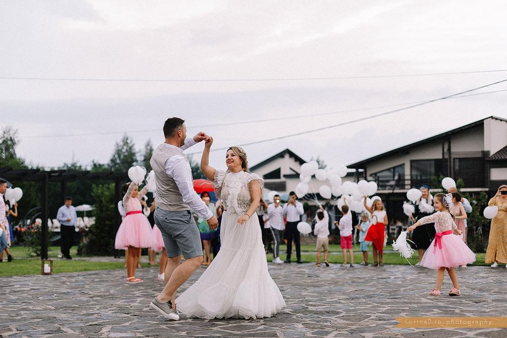 Garden party wedding_30